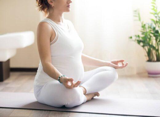 la practica del yoga para embarazadas
