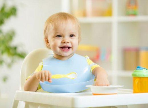 Consejos para darle las primeras papillas al bebé