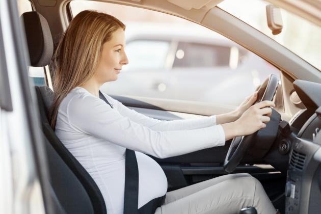 Precauciones conducir embarazada