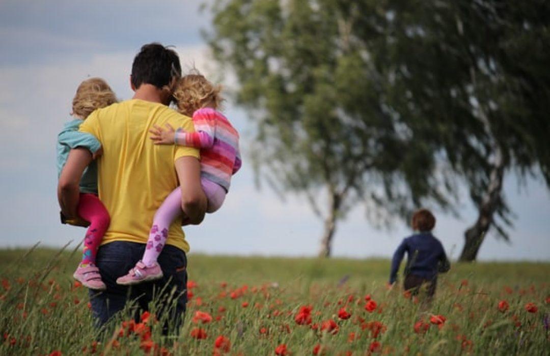 excursión en primavera con bebé