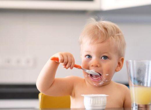 bebés- introducir lácteos en la dieta