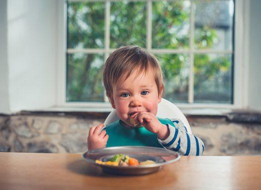 Baby Led Weaning o BLW mixto, ¿qué es y qué ventajas tiene?