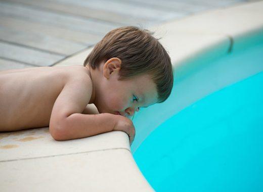 Aumenta el número de ahogamientos de niños en piscinas