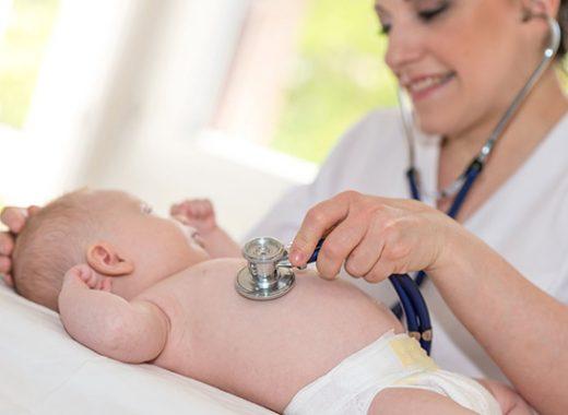 Primera visita al pediatra con el bebé