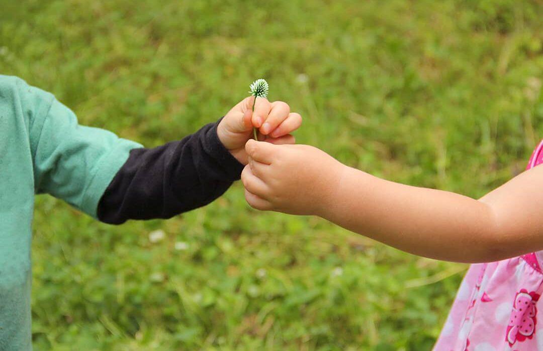 ensenar buenos modales a los ninos