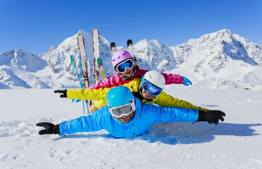 Estación de esquí con guardería para niños