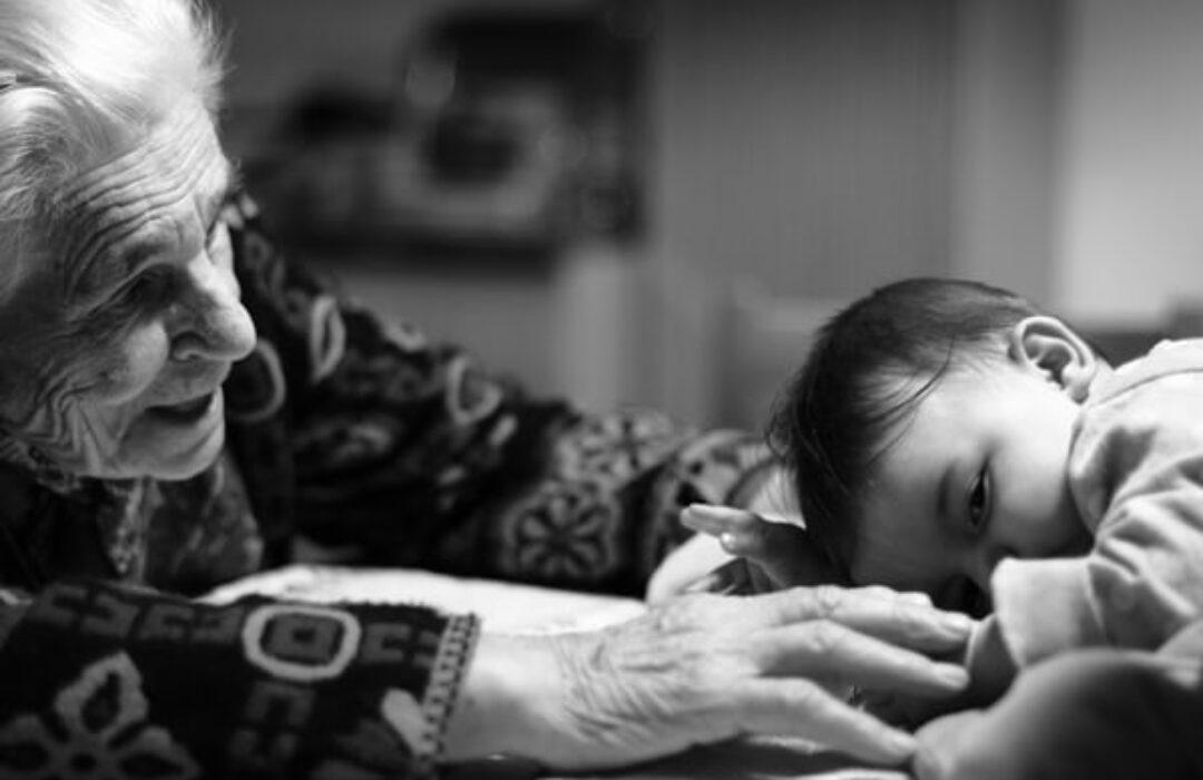 cómo recompensar a los abuelos por su ayuda