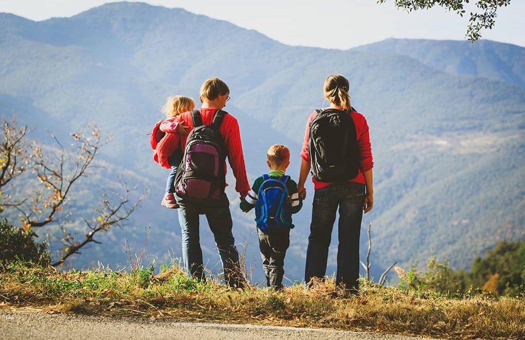 viajar en semana santa en familia en la comunidad